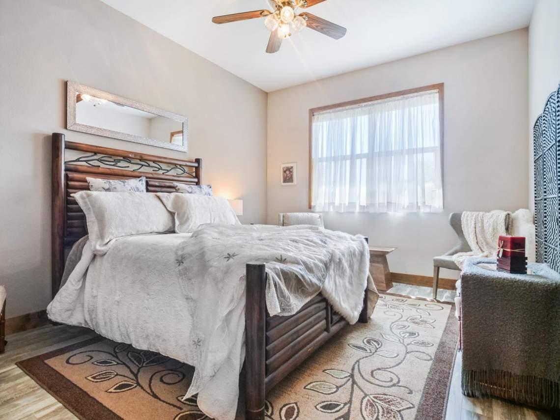 25-2nd-Guest-Bedroom