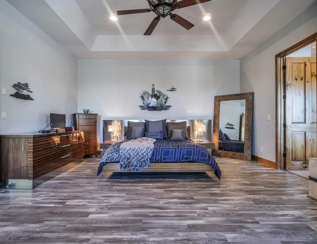 7-Master-Bedroom