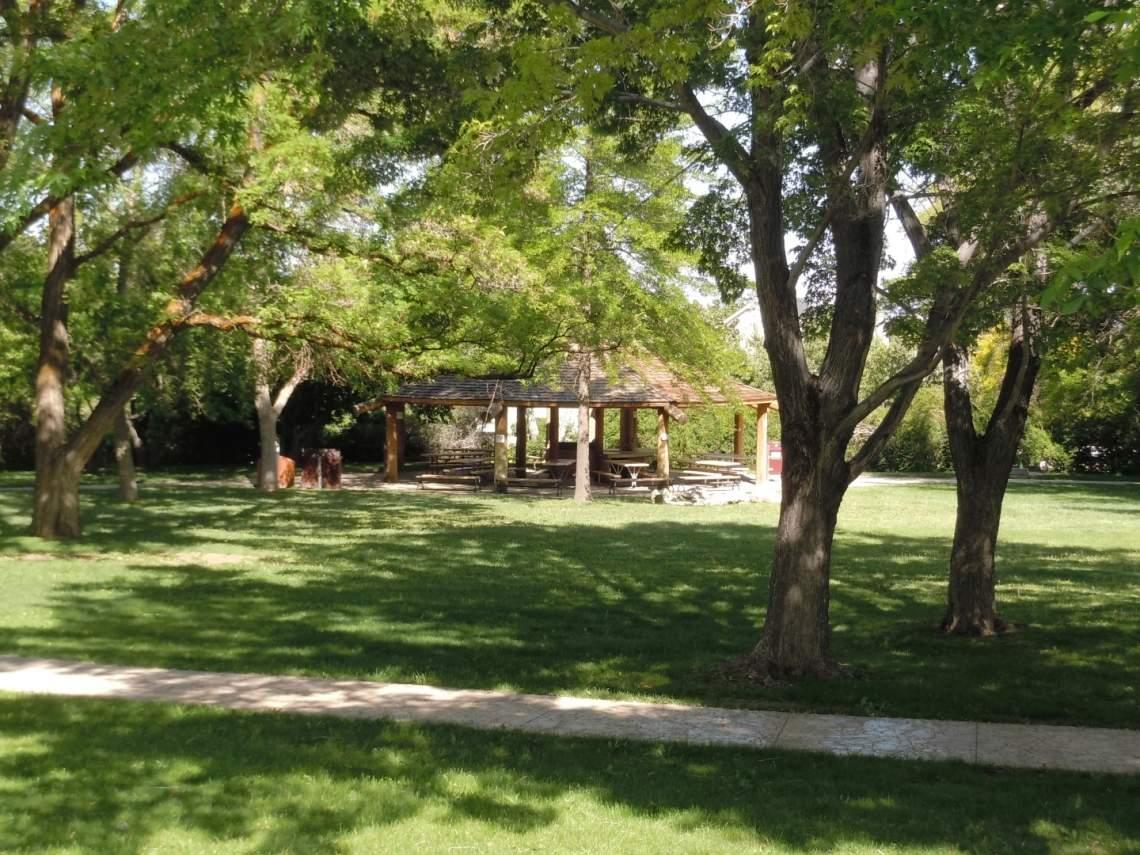Morman Park (Large)